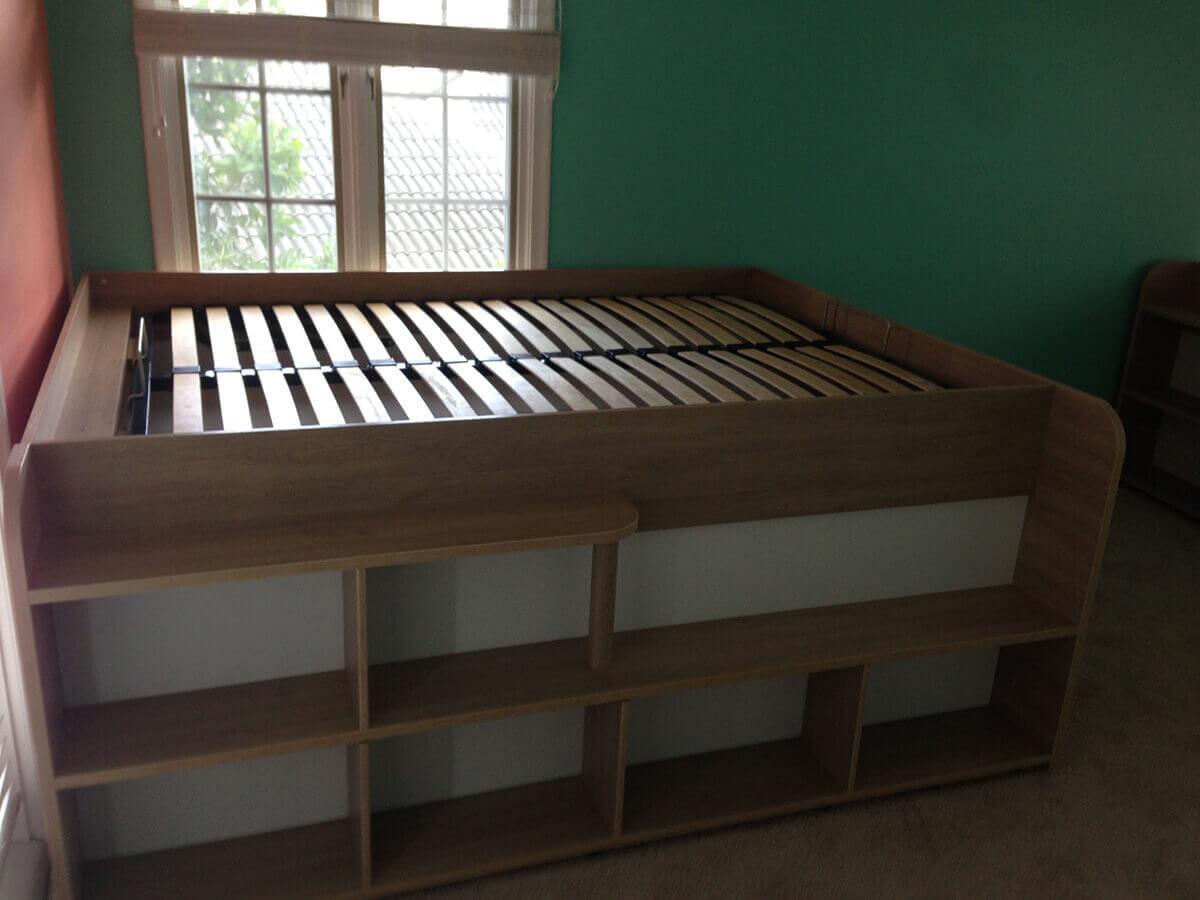 Lamont Storage Platform Bed - Parisot bedroom furniture